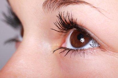 Kdy je čas na oční krém a jak ho správně vybrat?