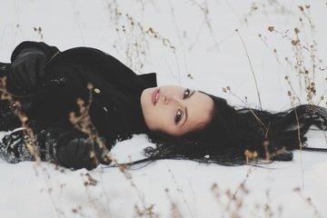 Zima vlasům nesvědčí